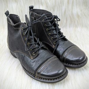 Clarks Black Suede Leather Combat Zip Ankle Boots